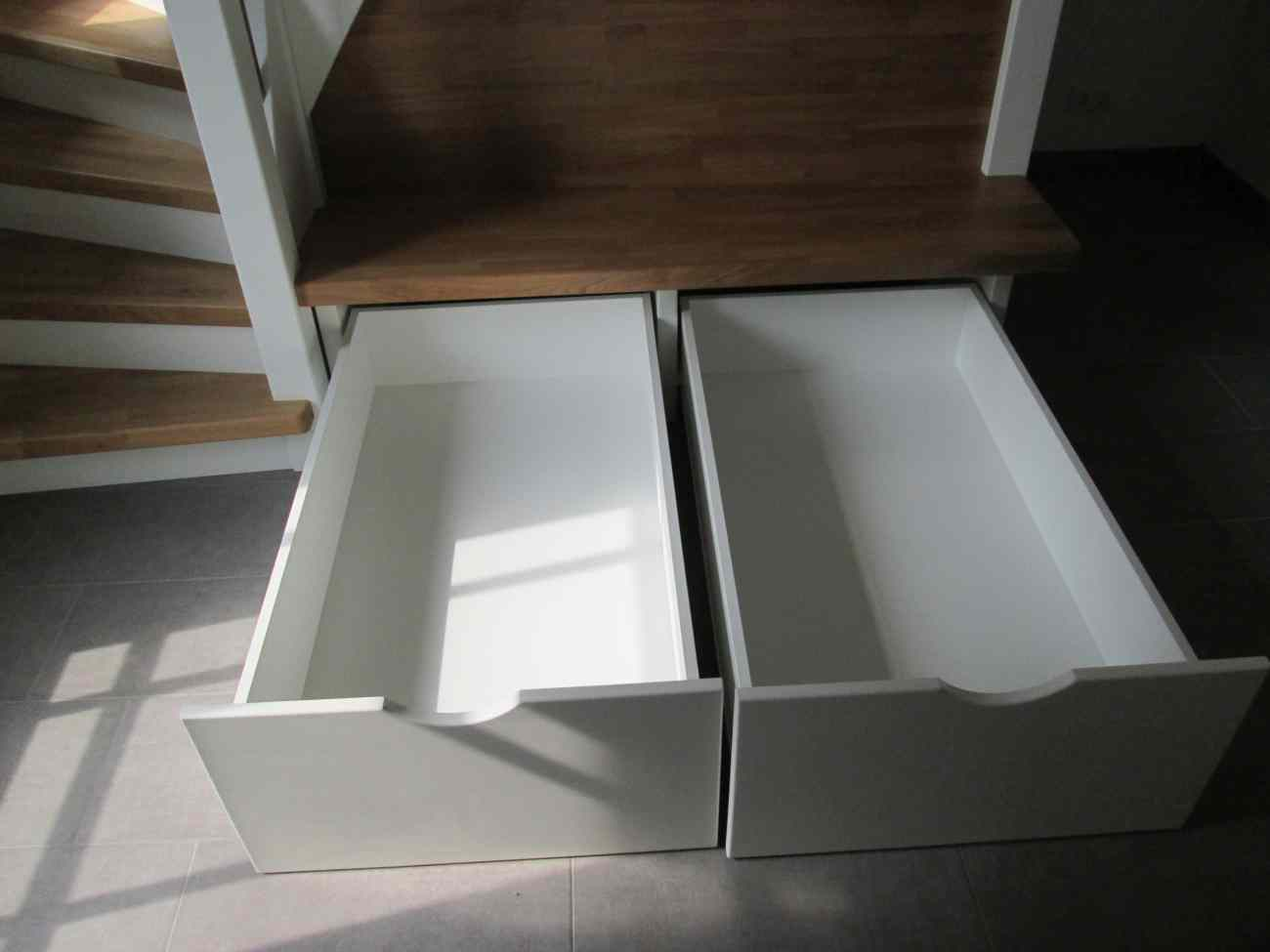 treppe mit sitzbank 012 tischlerei albers. Black Bedroom Furniture Sets. Home Design Ideas