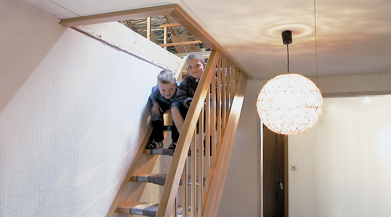 dachbodentreppen tischlerei albers. Black Bedroom Furniture Sets. Home Design Ideas