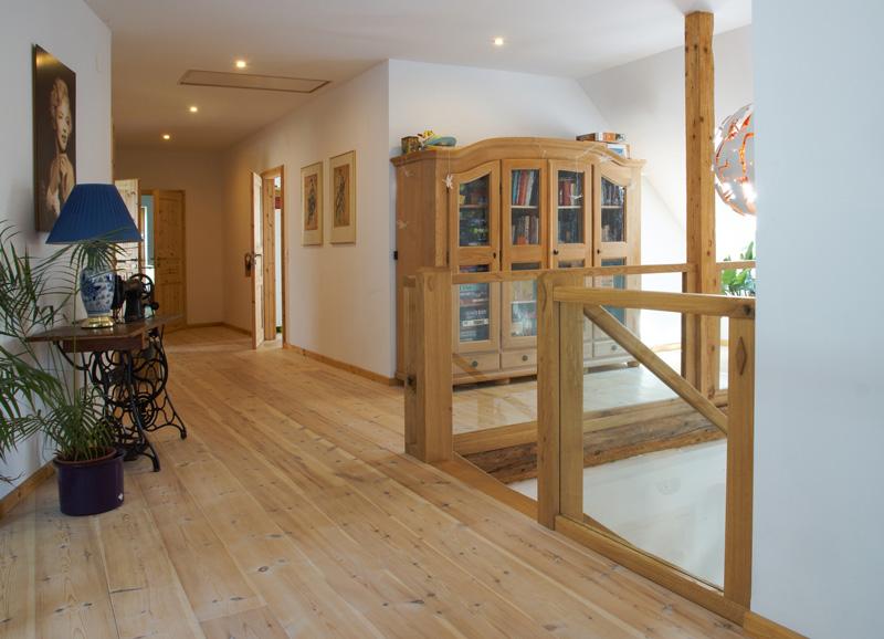 Handwerkliche Holztreppe Tischlerei Albers Balustrade