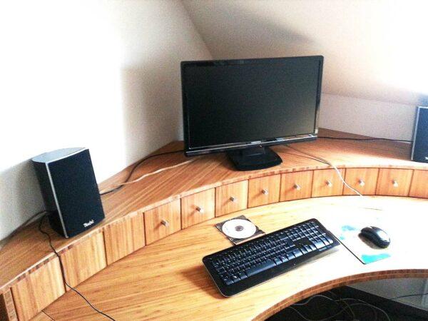 Homeoffice Schreibtisch vom Tischler Albers Bruchhausen Vilsen