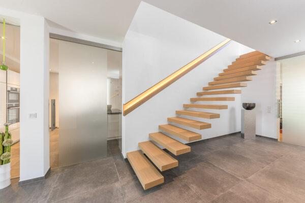 Meyer & Grave Kragarm-Treppe